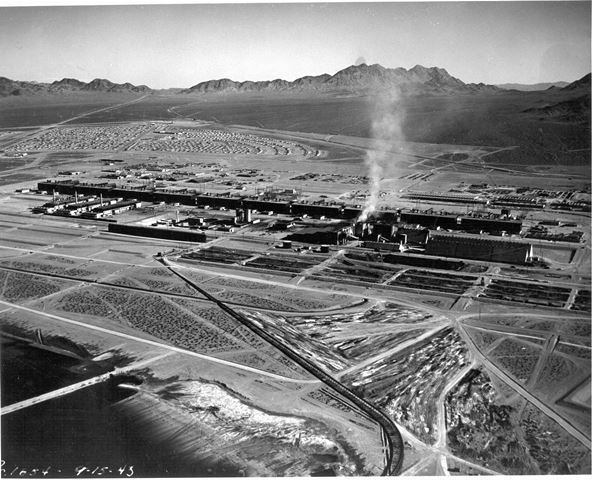 9/15/1943 - Aerial, northeast, of complex in operation.