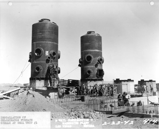2/23/1942 - Installation of chlorinator furnace shells at cell unit #1.